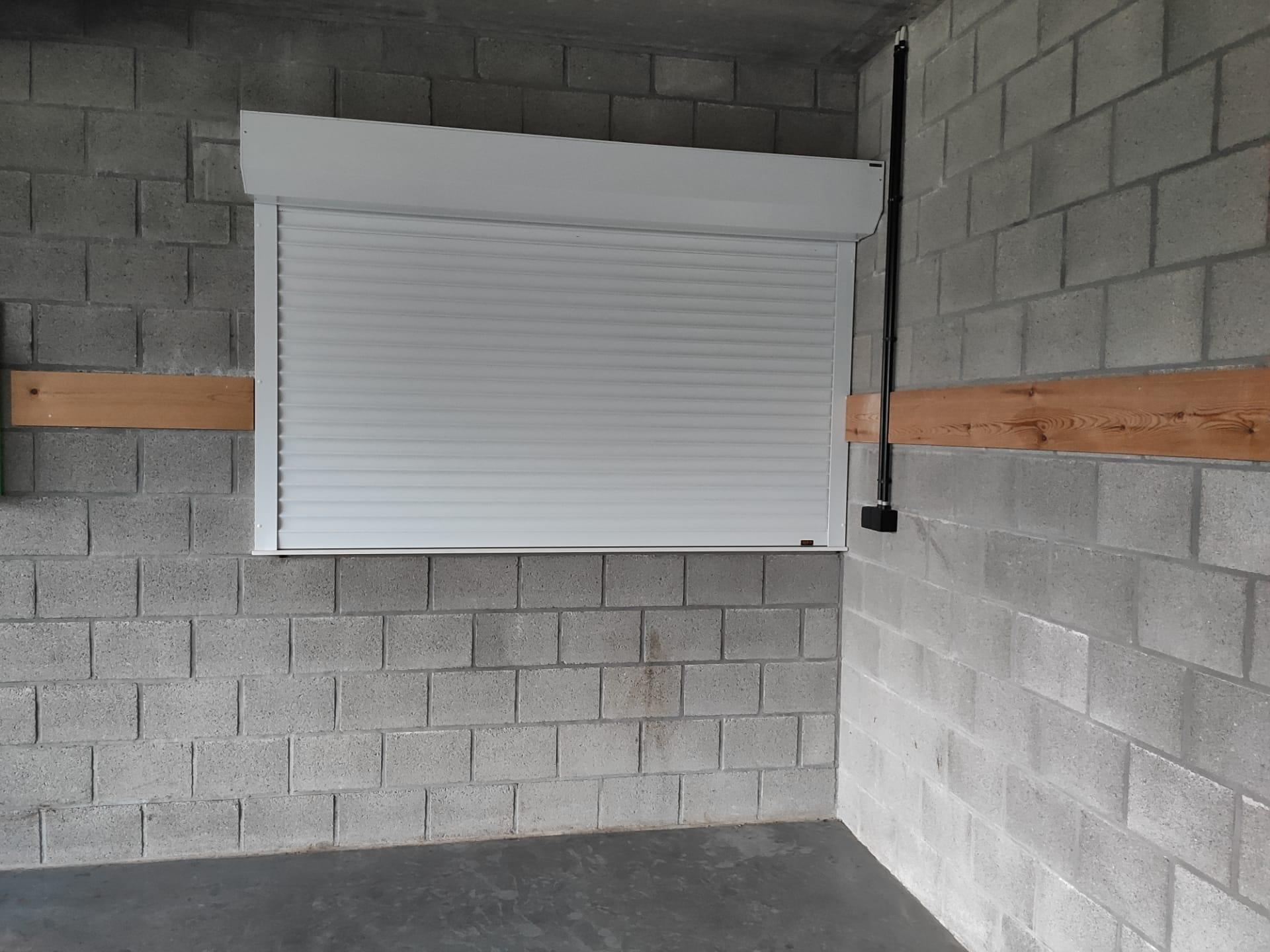 elektrisch doorgeefluik keuken-gesloten